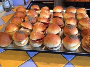 Petits pains garnis